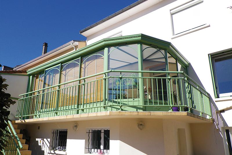http://www.man-alu.com/images/slider/verandas/veranda-24-dec2014.jpg