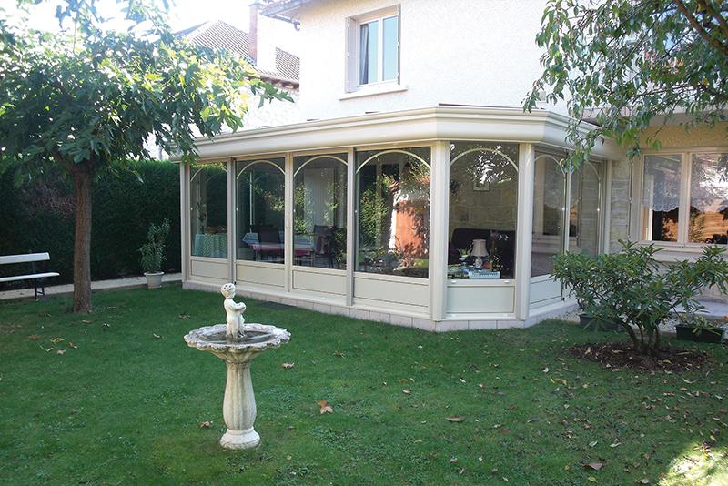 http://www.man-alu.com/images/slider/verandas/veranda-9-dec2014.jpg